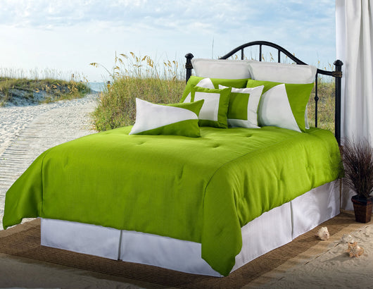Latitude 13 Green/White Comforter Set