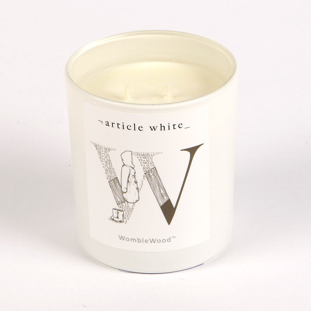 Article White WombleWood Candle