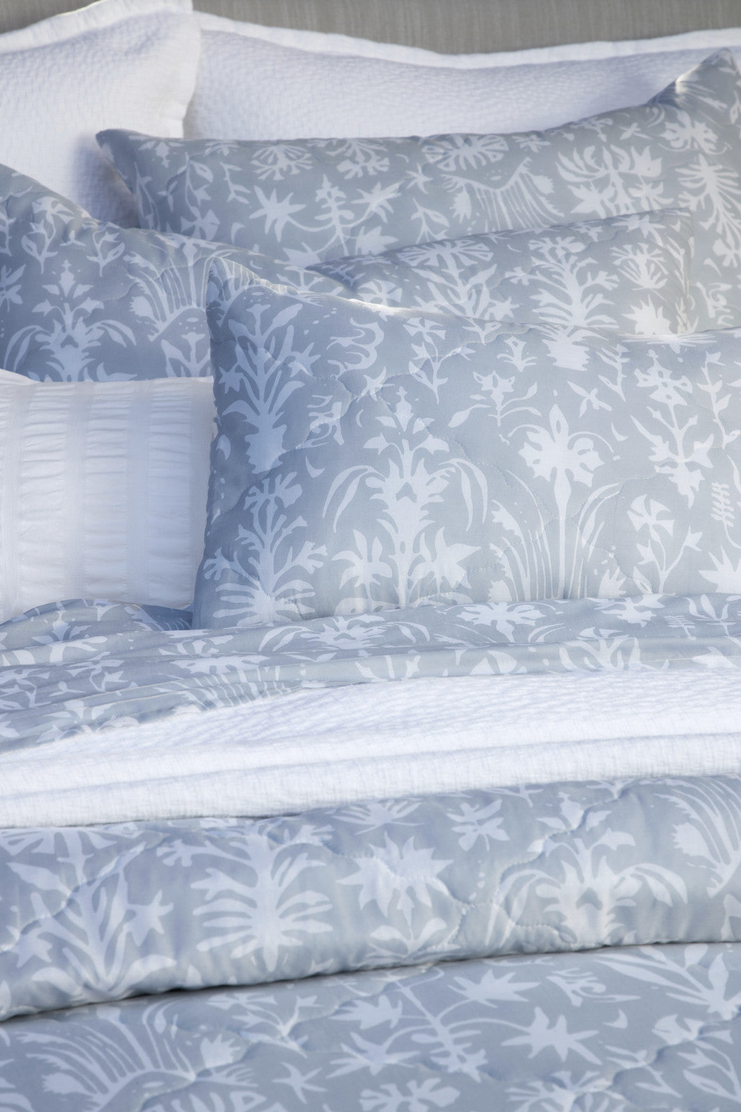 Martinique Wedgewood Std Sham