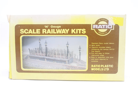 Cattle dock - plastic kit - Pre-owned - imperfect box
