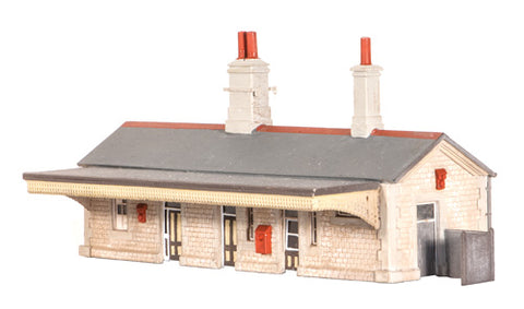 GWR-style stone station building - plastic kit