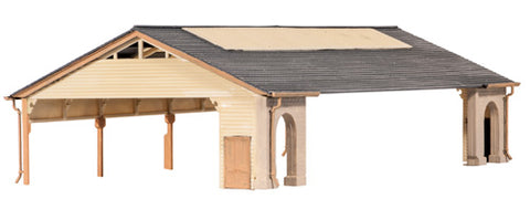 GWR-style station train shed - plastic kit