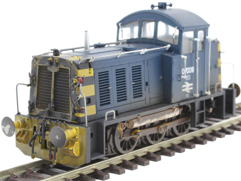 Class 07 shunter 07009 in BR blue - weathered