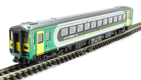 Class 153 DMU 153371 in London Midland livery