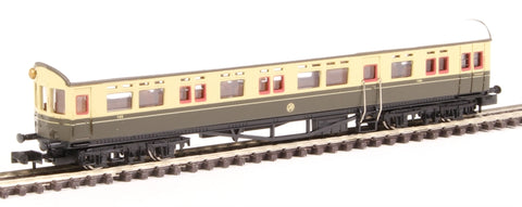 Collett Autocoach 196 in GWR chocolate and cream with shirtbutton emblem