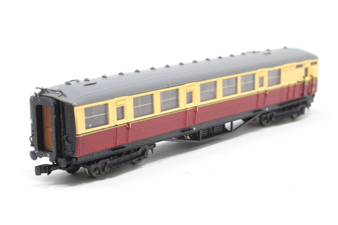 Gresley BR Carmine & Cream Brake Composite E10109E LBR - Pre-owned - detailed with knucle coupling on one end, minor marks on ends