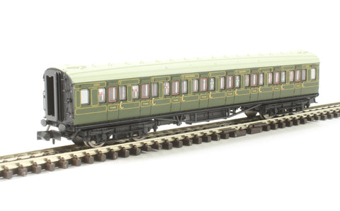 Maunsell third class corridor 2353 in SR olive green