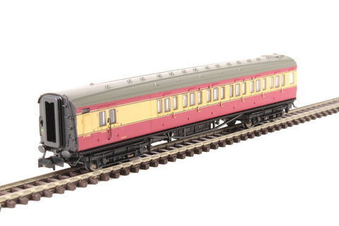 Maunsell brake third S4481S in BR crimson and cream