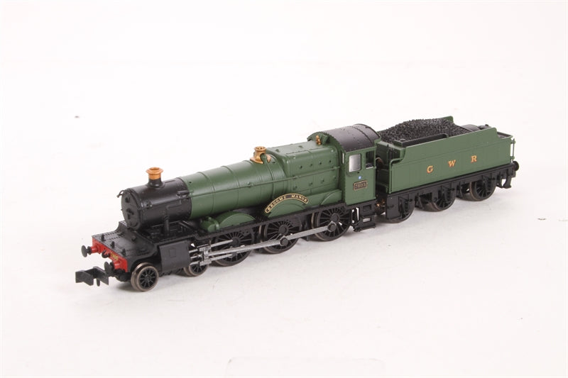 "Class 7800 Manor 4-6-0 7805 ""Broome Manor"" in GWR green with GWR lettering. DCC Fitted - Open box"