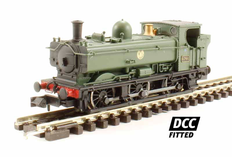 Class 57xx Pannier 0-6-0 6746 in GWR green with shirtbutton emblem - DCC fitted
