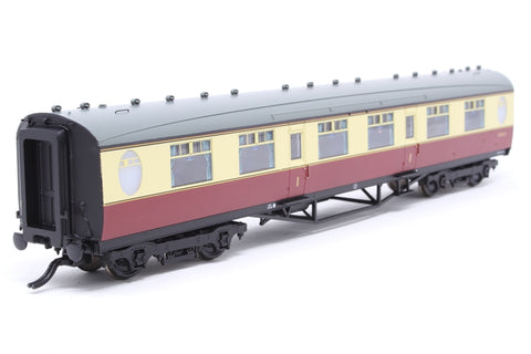 Thompson first corridor in BR crimson and cream - Pre-owned - missing couplings
