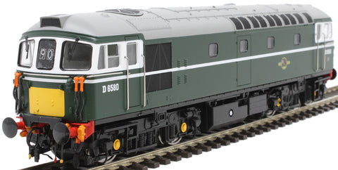 Class 33/1 D6580 in BR green with small yellow ends