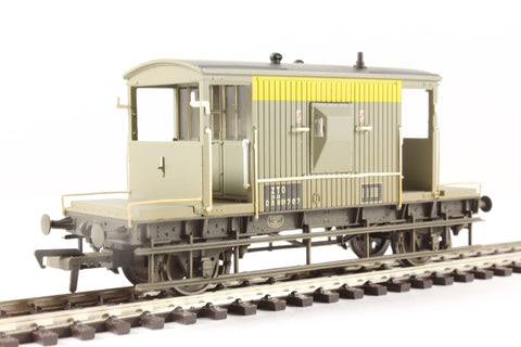 20 ton brake van ZTO DB950767 in BR dutch grey & yellow - weathered