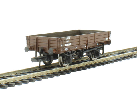 3 plank wagon in LMS bauxite