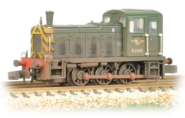 Class 03 Shunter D2383 in BR Green with Wasp Stripes - weathered