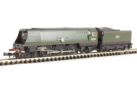 Class 21C1 Merchant Navy 4-6-2 35028 'Clan Line' in BR green with late crest