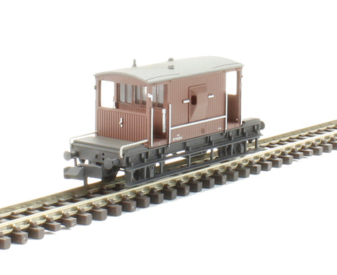 20 Ton Brake Van B951054 in BR bauxite (early) - weathered