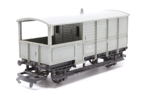20T Brake Van in WR Grey - Pre-owned - chipped paintwork- worn printing- replacement box