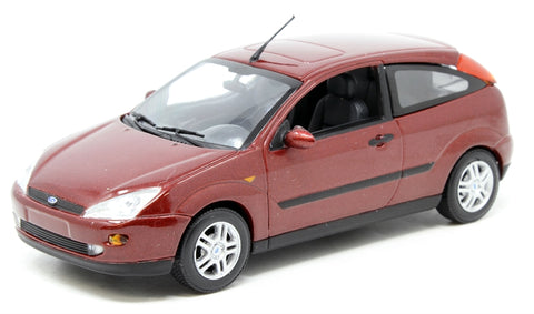 Ford Focus Mk1 3dr 2002 - Red Metallic