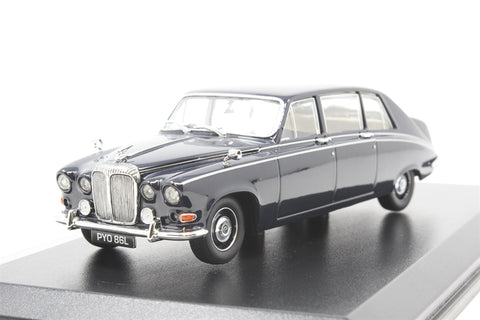Daimler DS 420 limo in dark blue - Pre-owned - sold as seen, imperfect box