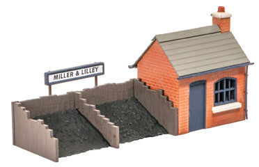 Coal depot with staithes - plastic kit