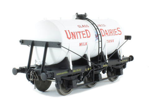 6-wheel milk tanker in 'United Dairies' livery