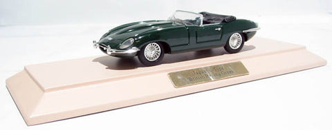 Jaguar E-Type, Series 1 3.8 litre in British Racing Green