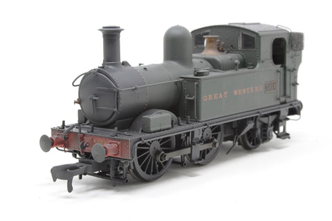 Class 58xx 0-4-2T 5814 in GWR Unlined green with Great Western lettering - Lightly weathered - Open box, imperfect box