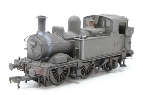 Class 14xx 0-4-2T 1432 in BR Lined green with late crest - Heavily weathered - Pre-owned - Like new