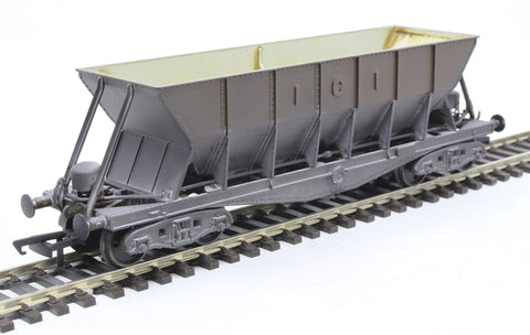 ICI Hopper wagon 19033 in battleship grey body, underframes & bogies with PHV TOPS panel (no backing) - weathered. 1973 - 1992