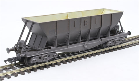 ICI Hopper wagon 19116 in battleship grey body, underframes & bogies with PHV TOPS panel (black backing) - weathered. 1973 - 1992
