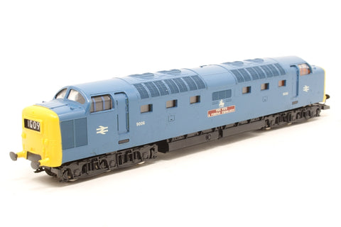 Class 55 Deltic Diesel 9006 'Fife and Forfar Yeomanry' in BR Blue - Pre-owned - Paint marks - Imperfect box
