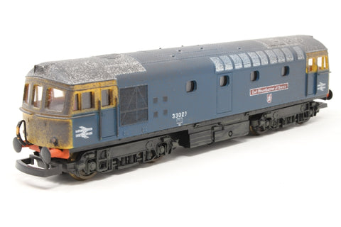 Class 33 33027 Earl Mountbatten of Burma in BR blue - Pre-owned - weathered, missing coupling hooks, noisy runner replacemen