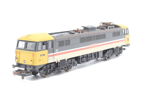 Class 87 87012 ' Couer de Lion' Intercity Executive Livery - Pre-owned - marks on pantograph and roof, replacement box