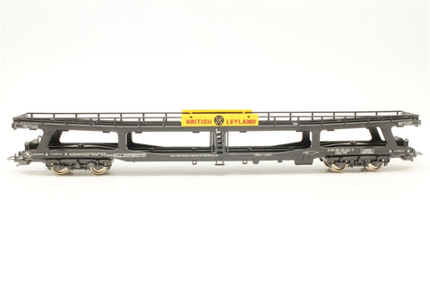 Bogie Car Transporter - Pre-owned - Missing cars - Fitted with continental-style couplings - Replacement box