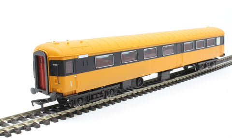 Mk2D CO composite open 5152 in CIE Supertrain livery