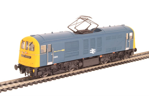 Class 71 E5013 in BR Blue with full Golden Arrow headboards, arrows and flags pre-fitted - Exclusive to Hatton's