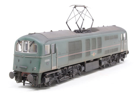 Class 71 E5019 in BR green with red stripe (Weathered) - Special edition of 150 Kernow Model Centre