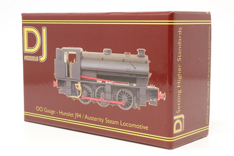 Class J94 Austerity 0-6-0ST 8023 in LNER black with original bunker - Pre-owned - like new