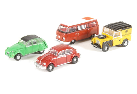 Pack of four assorted 1970s cars for Carflat wagons
