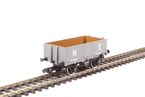 4-plank open wagon in LNER grey