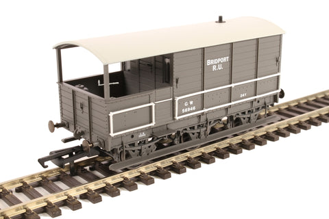 GWR diagram AA3 6-wheel 'Toad' brake van 56946 in GWR grey