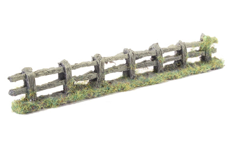 Rustic weathered wooden fence - 150mm