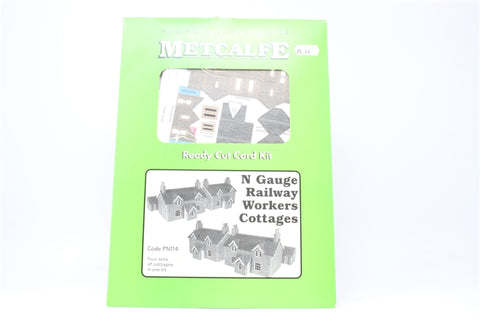 Pair of Railway works cottages - card kit - Pre-owned - Like new