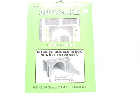Pair of double track tunnel entrances - card kit - Pre-owned - Like new