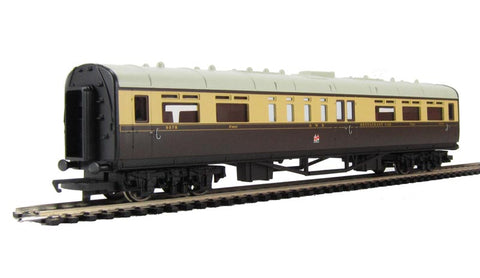 Collett restaurant car 9578 in GWR chocolate and cream - Railroad Range