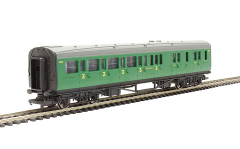 Maunsell brake third 3563 in SR malachite green - Railroad Range