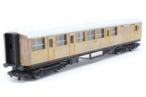 L.N.E.R Brake Composite Coach 4237 - Pre-owned - Like new