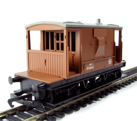 20 Ton brake van B952042 in BR baxuite- Railroad Range