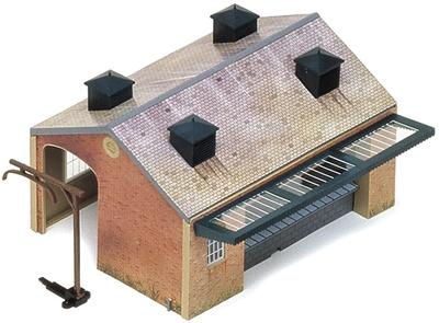 Single-track goods shed - plastic 'snap together' kit